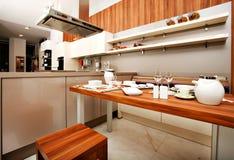 美丽的现代厨房 库存照片