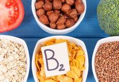 包含维生素B2和饮食纤维,健康营养概念的成份 免版税图库摄影