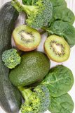 包含维生素K、矿物和饮食纤维,健康营养概念的水果和蔬菜 库存图片