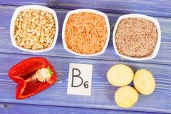 包含维生素B6和饮食纤维,健康营养的概念的成份 免版税库存图片