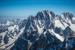包围勃朗峰的阿尔卑斯在欧洲 库存图片