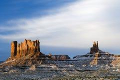 包括的黎明纪念碑雪谷 免版税库存图片