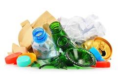包括玻璃塑料金属和纸的可再循环的垃圾 图库摄影