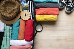 包装一次新的旅途和旅行的一件行李 免版税库存照片