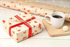 包裹圣诞节礼物 库存照片
