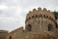 包围老城市的墙壁 库存照片