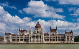 匈牙利议会和多瑙河,布达佩斯。 免版税库存照片