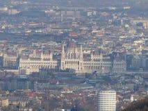 匈牙利议会如被看见从LibegÅ ` 库存图片