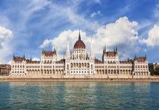 匈牙利议会的大厦在布达佩斯 免版税库存图片