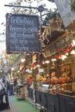 匈牙利食物在圣诞节公平的停留演出地 免版税库存照片