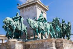 匈牙利,布达佩斯英雄的方形在一个晴天的夏天 库存图片