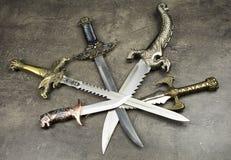 匕首和刀子 免版税库存图片