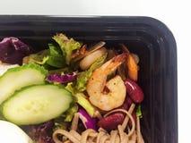 绿化健康混杂的大虾沙拉虾简单的蕃茄 免版税库存图片