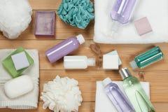 化妆品集合 肥皂酒吧和液体 香波,阵雨胶凝体,身体米尔 库存照片