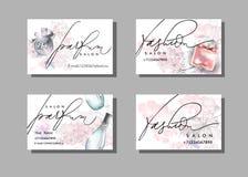 化妆师名片 与美丽的香水瓶的传染媒介模板 向量 免版税库存照片