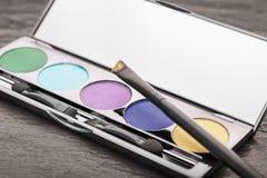 化妆用品做:眼影膏调色板 库存图片