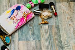 化妆用品样式 手画无缝的纹理与组成ar 图库摄影