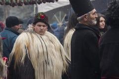化妆舞会节日Kukerlandia在扬博尔,保加利亚 图库摄影