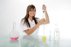 化学家年轻人 免版税库存图片