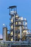 化工厂细节在晚上 图库摄影