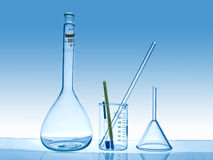 化工实验室玻璃器皿 免版税库存图片