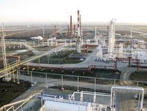 化工工厂油 主要石油精炼的设备 图库摄影