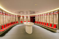 化装室内部看法阿姆斯特丹阿贾克斯橄榄球竞技场的 库存照片