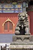 北京古铜色龙锣雕象yonghe 免版税图库摄影