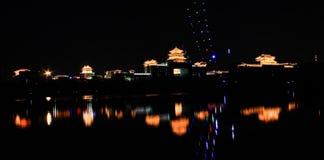 北京的西部火车站在晚上 免版税库存图片