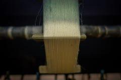 北京,中国- 2017年1月29日, :参观的繁体中文丝绸工厂,进行他们任务创造的工作者 库存图片