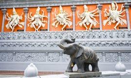 北印度的神和大象 免版税库存照片