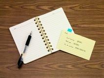 北印度语;学会在笔记本的新的语言文字词 库存图片