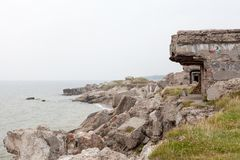 北堡垒的废墟在Karosta海滩的  免版税图库摄影