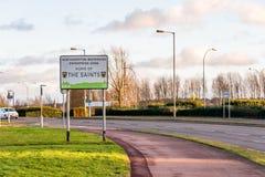 北安普顿英国2018年1月04日:北安普顿海滨圣徒的企业区家签到Sixfields零售公园 免版税库存照片