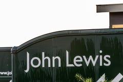 北安普顿英国2017年12月07日:约翰・刘易斯商标签到Brackmills工业庄园 库存图片