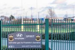 北安普顿英国2018年1月04日:Hyunday精神欢迎您到富兰克林庭院在家北安普顿圣徒橄榄球俱乐部 库存图片