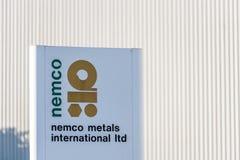 北安普顿英国2017年12月09日:Nemco金属商标签到Brackmills工业庄园 免版税库存照片