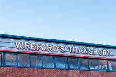 北安普顿英国2018年1月04日:Wreford小组商标签到Sixfields工业园 免版税库存图片