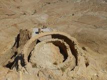 北宫殿的上部排在马萨达堡垒 库存图片