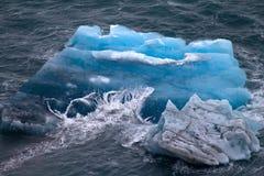 北极冰山。冰股票。区域新地岛 库存照片