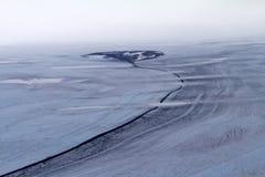 北极冰川和石河它的 库存图片