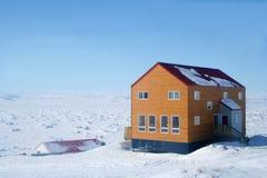 北极加拿大房子 图库摄影