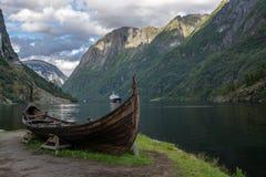 北欧海盗小船 图库摄影