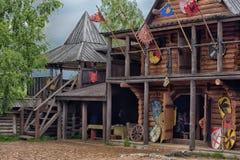 北欧海盗木房子 库存图片