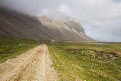 北欧海盗村庄在Stokksnes 免版税库存图片
