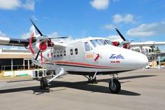 北欧海盗空气DHC-6孪生水獭系列在显示的400个涡轮螺旋桨发动机南极可胜任的航空器在新加坡Airshow 2012年 库存照片