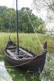 北欧海盗年龄小船重建 免版税库存照片
