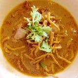 北泰国面条咖喱汤 图库摄影