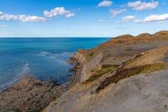北海海岸在Kettleness,英国,英国 免版税库存照片