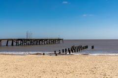 北海海岸在Kirkley, Lowestoft,萨福克,英国,英国 免版税库存图片